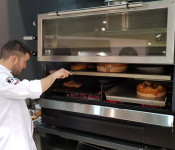 Pira Charcoal Oven 120 ED Reduced distance between chef and Oven