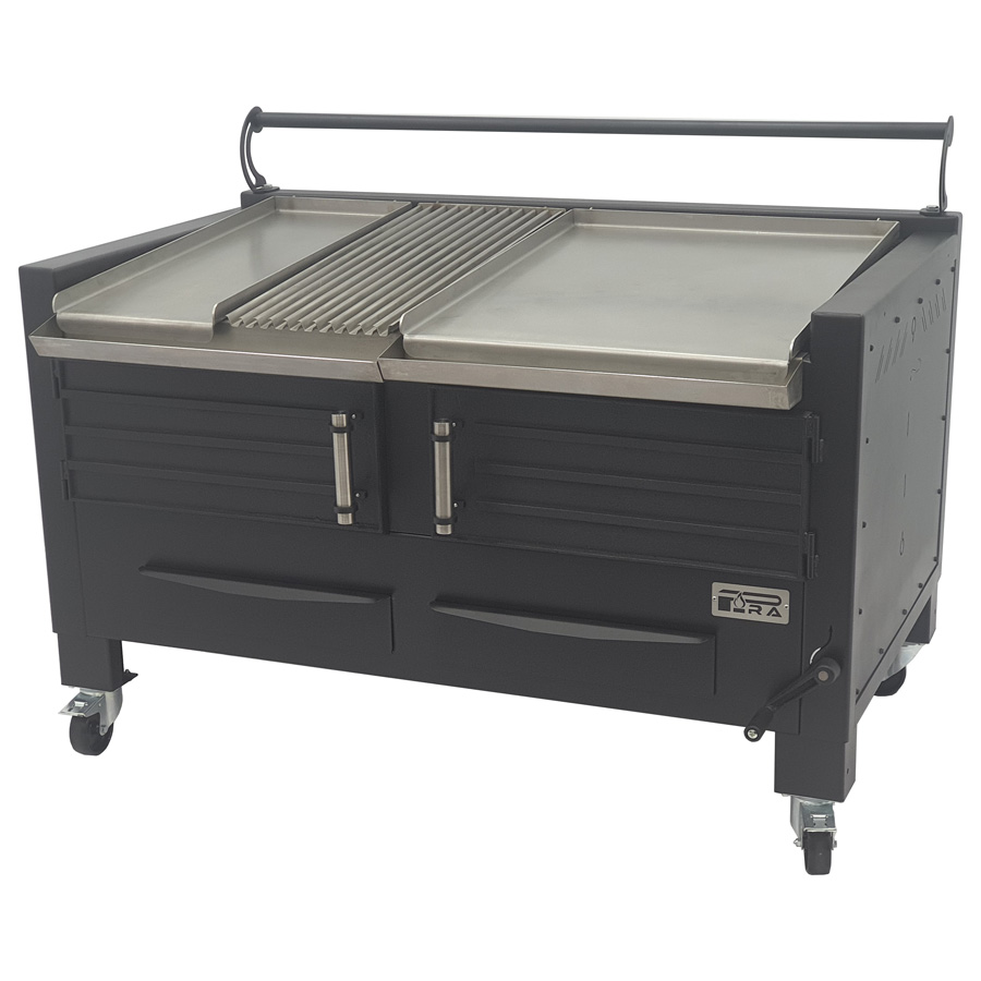 Pira BBQ M150 PIRA with Half griddle plate, grooved grill and full Griddle Plate