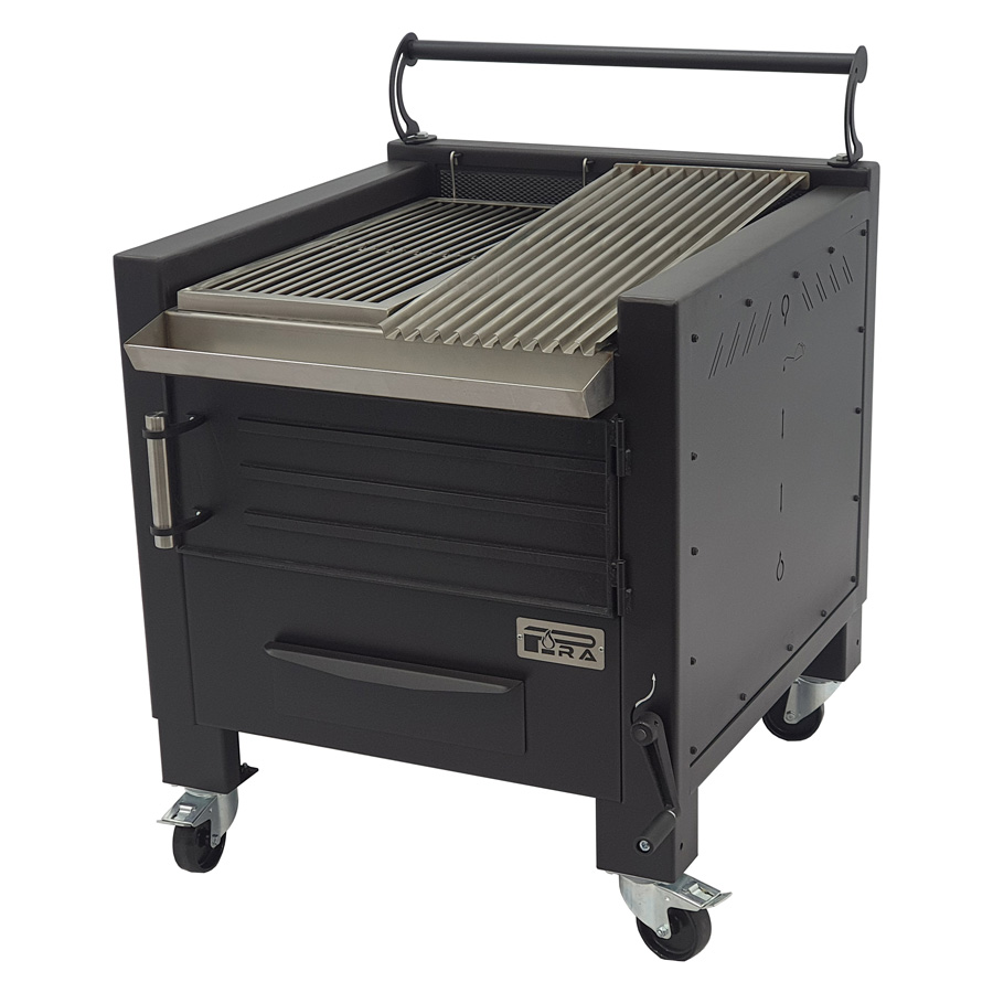 Pira BBQ M80 with half rod grill and half grooved grill